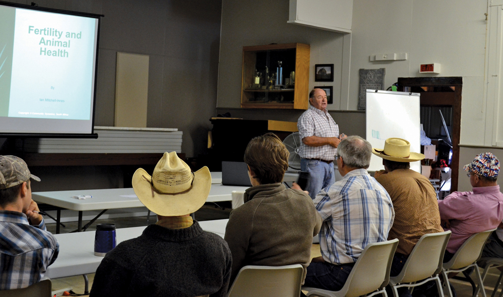 South African holistic management specialist Ian Mitchell-Innes discussed management tactics with a group of Manitoba producers last month.