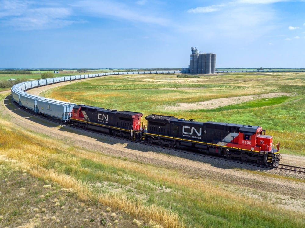 Loop tracks set to revolutionize grain transport | Alberta Farmer